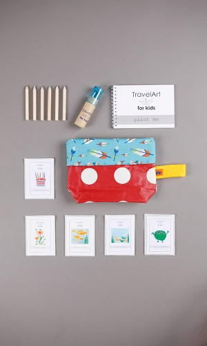 Creative kit for travelling